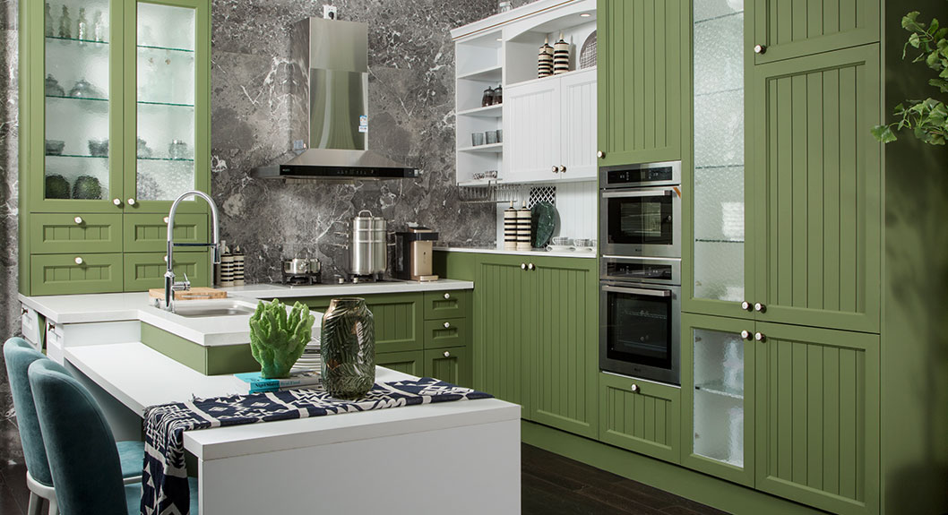 Green-and-White-Thermofoil-U-Shaped-Kitchen-PLCC18076 (3)