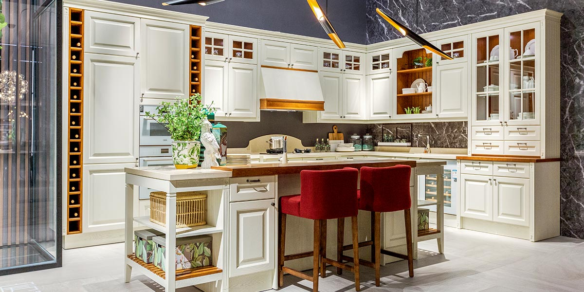 White-L-Shape-Solid-Wood-Kitchen-Cabinet-With-Island-PLCC19102 (2)