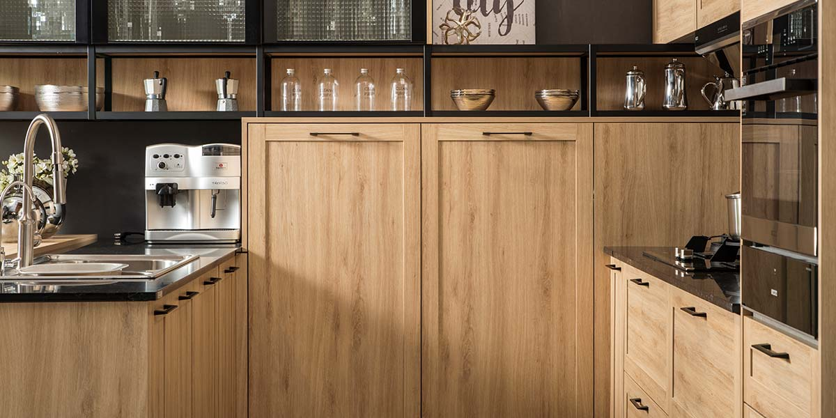New-Wood-Grain-Shaker-Kitchen-With-Glass-PLCC19062 (4)